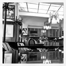 Day5_AEDM_CafeAmandine_Prague_RadkaZimovaKing